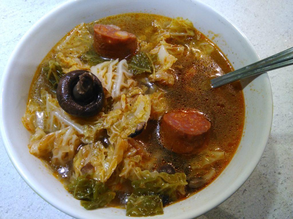 Soupe au chou chorizo et champignons